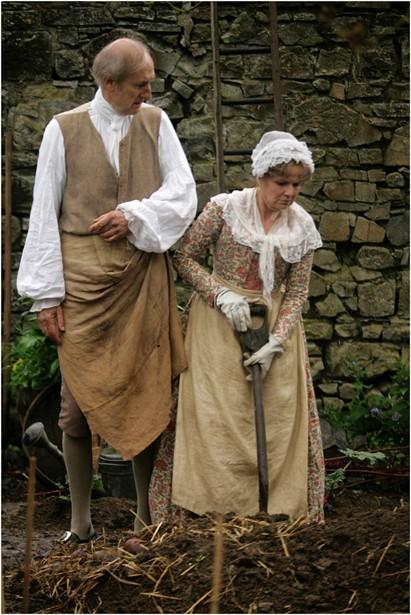 James Cromwell,Julie Walters