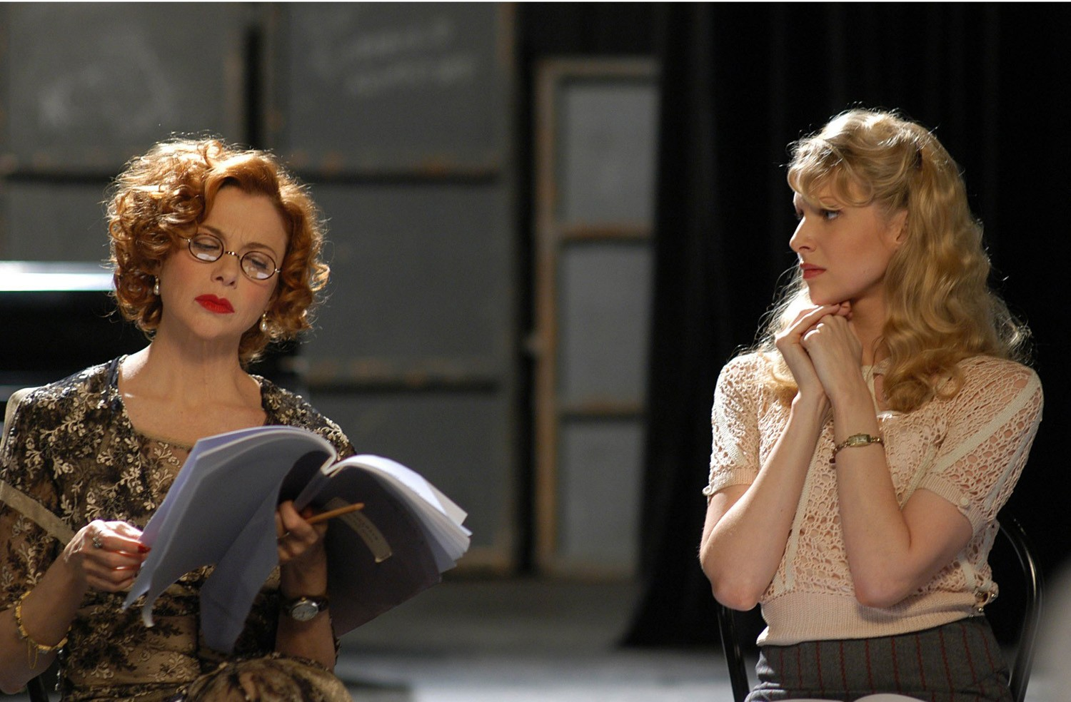 Annette Bening,Lucy Punch