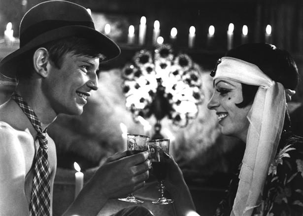 Liza Minnelli,Michael York