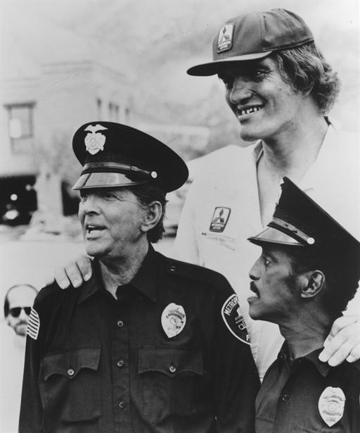 Dean Martin,Richard Kiel,Sammy Davis Jr.