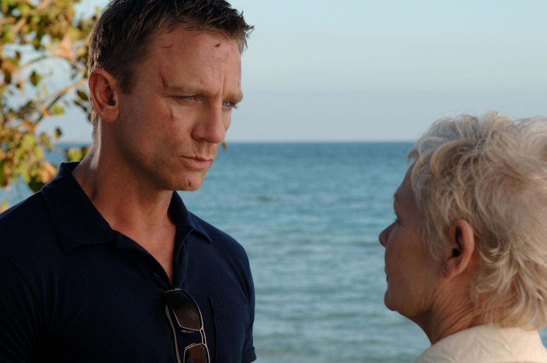 Daniel Craig,Judi Dench