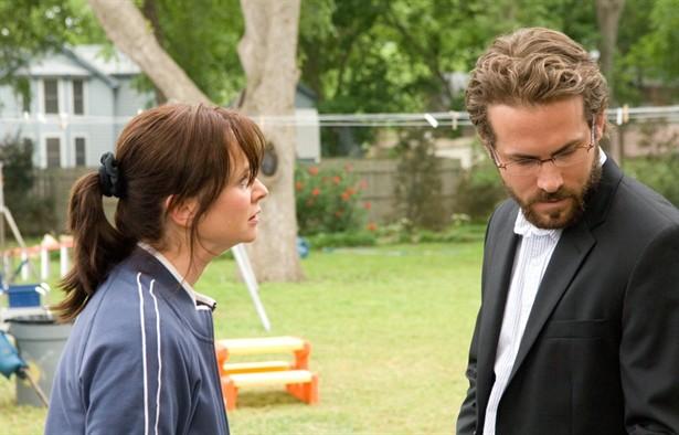 Emily Watson,Ryan Reynolds