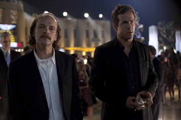 Peter Sarsgaard,Ryan Reynolds