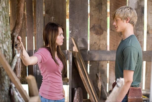 Lucas Till,Miley Cyrus