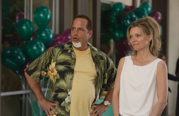 Jon Lovitz,Michelle Pfeiffer
