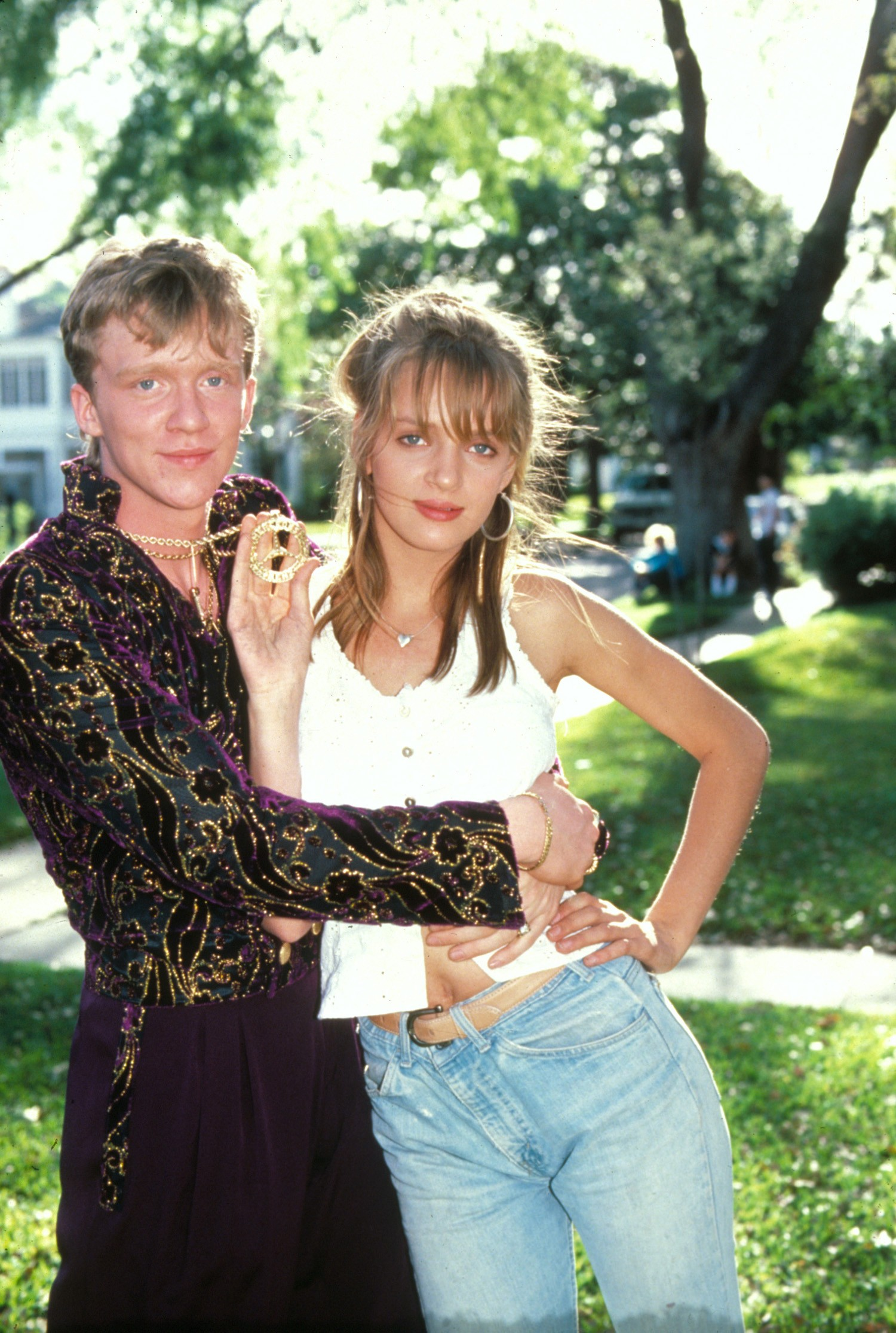 Anthony Michael Hall,Uma Thurman