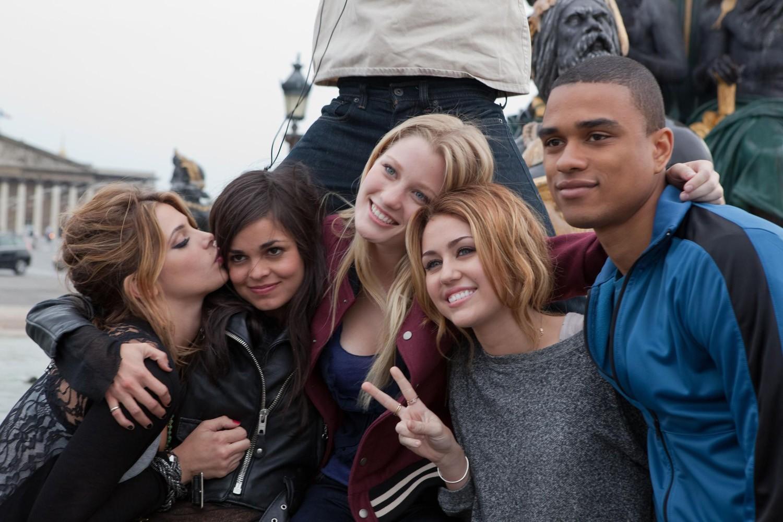 Ashley Greene,Ashley Hinshaw,Miley Cyrus