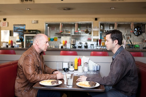 Bruce Willis,Joseph Gordon-Levitt
