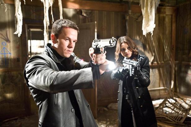 Mark Wahlberg,Mila Kunis