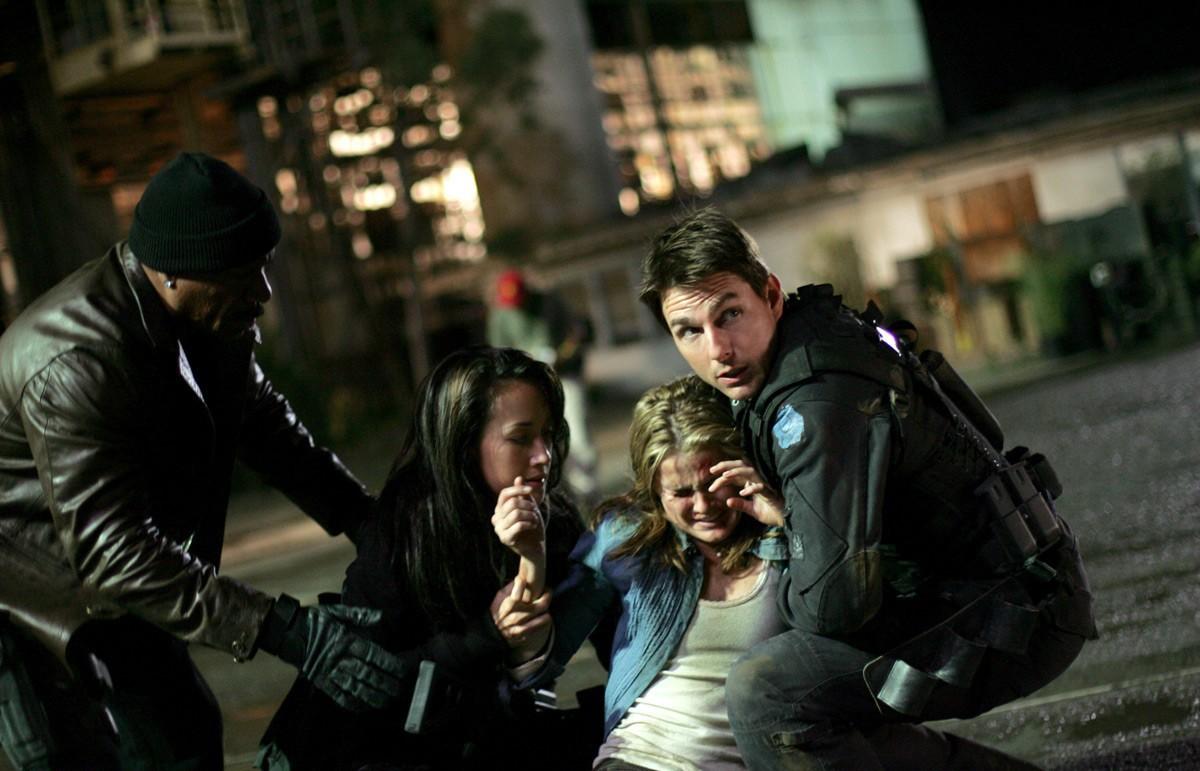 Keri Russell,Tom Cruise,Ving Rhames