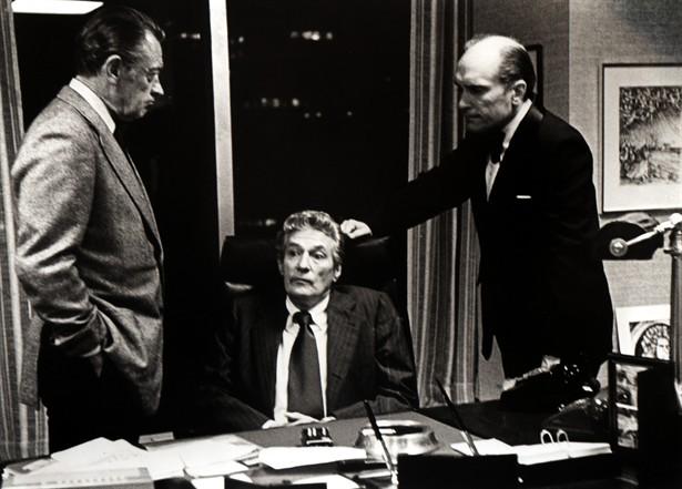 Peter Finch,Robert Duvall,William Holden