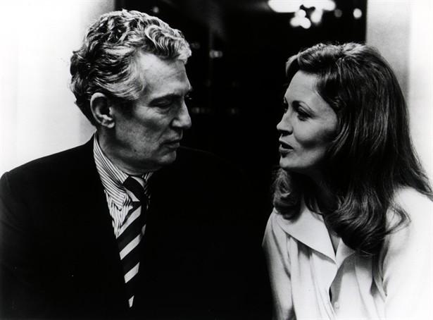 Faye Dunaway,Peter Finch