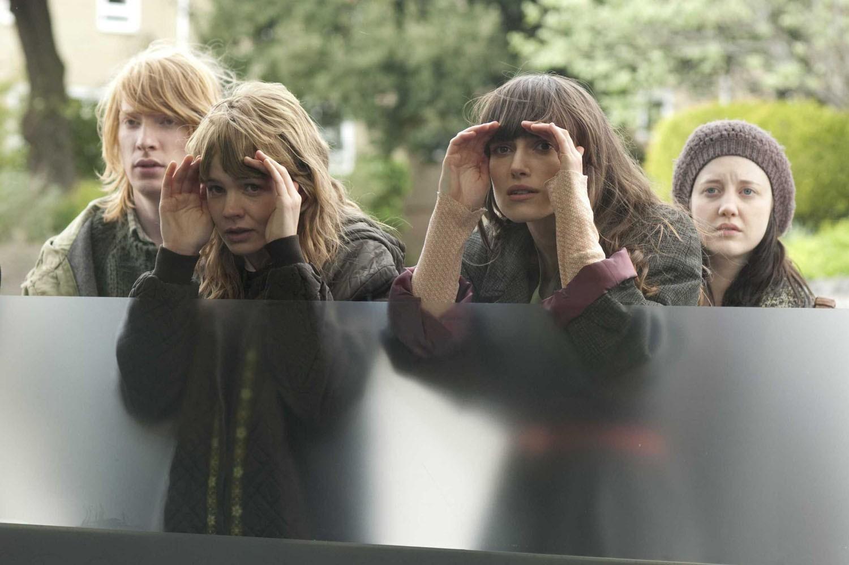 Andrea Riseborough,Carey Mulligan,Domhnall Gleeson,Keira Knightley