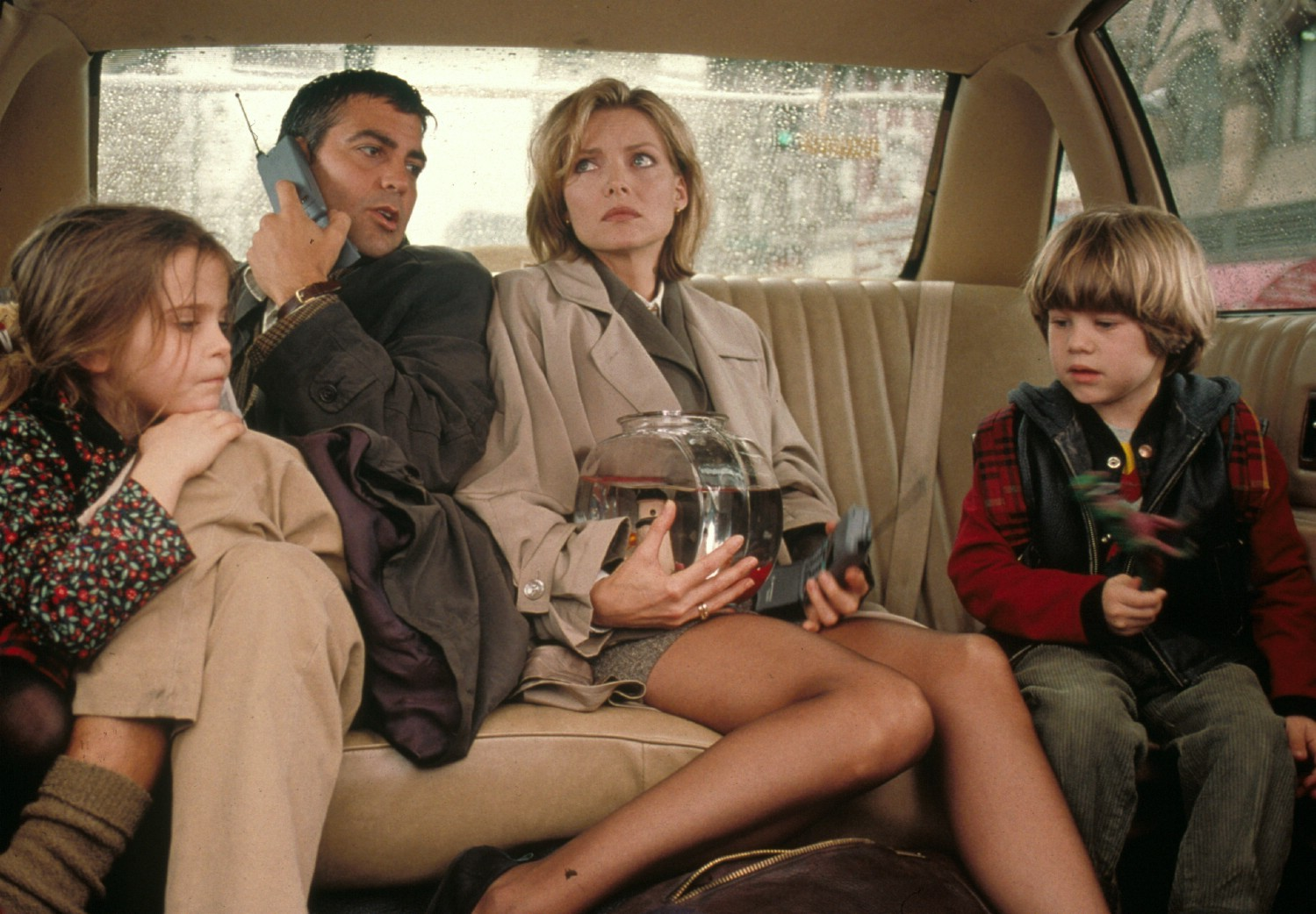 Alex D. Linz,George Clooney,Mae Whitman,Michelle Pfeiffer