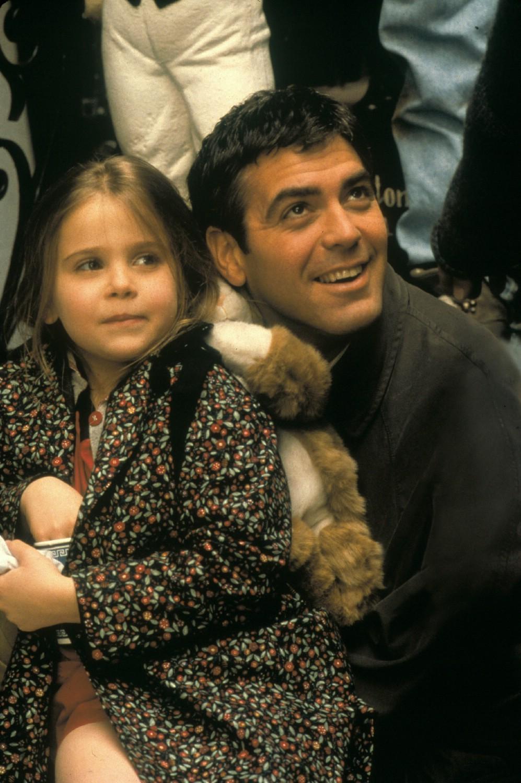 George Clooney,Mae Whitman