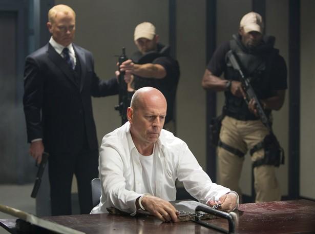 Bruce Willis,Neal McDonough