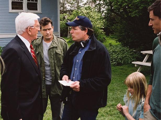Charlie Sheen,Leslie Nielsen