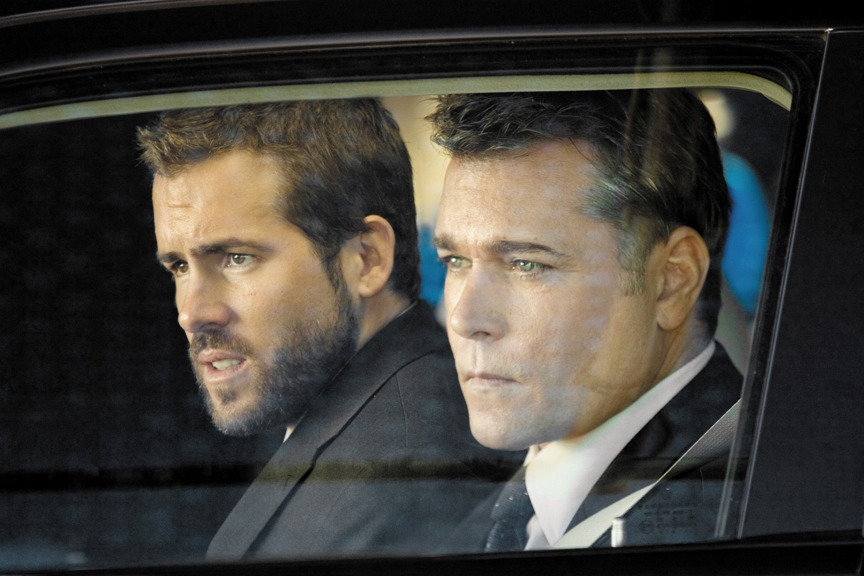 Ray Liotta,Ryan Reynolds