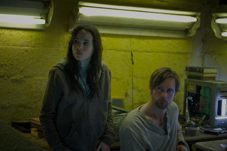 Alexander Skarsg,Ellen Page