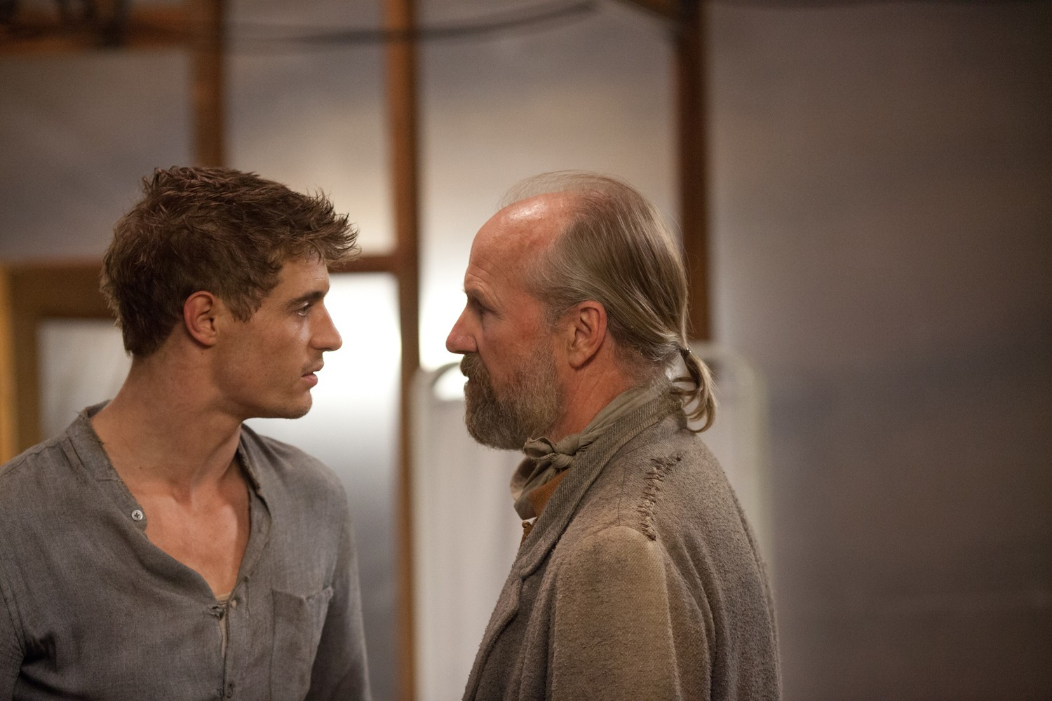 Max Irons,William Hurt