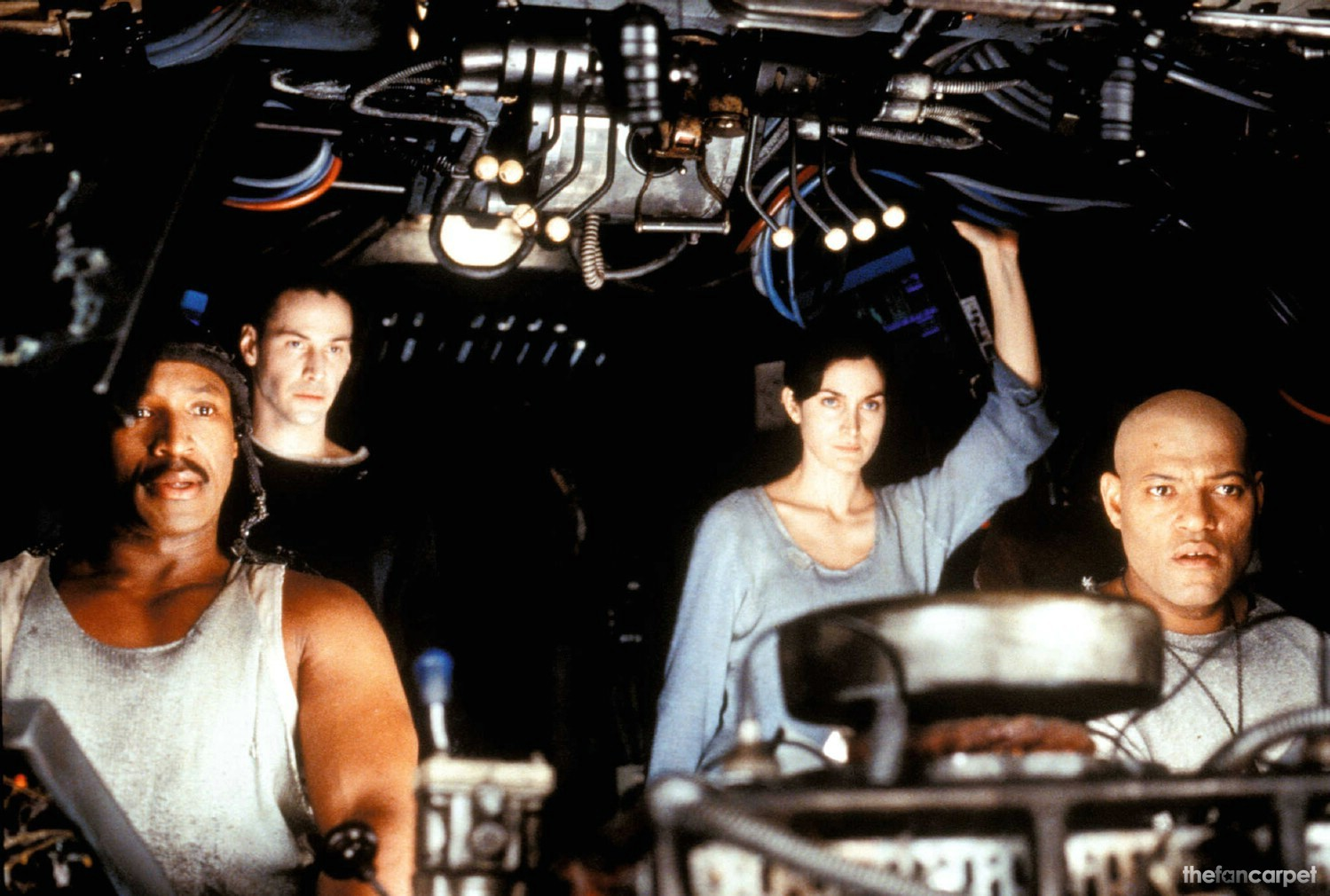 Carrie-Anne Moss,Keanu Reeves,Laurence Fishburne