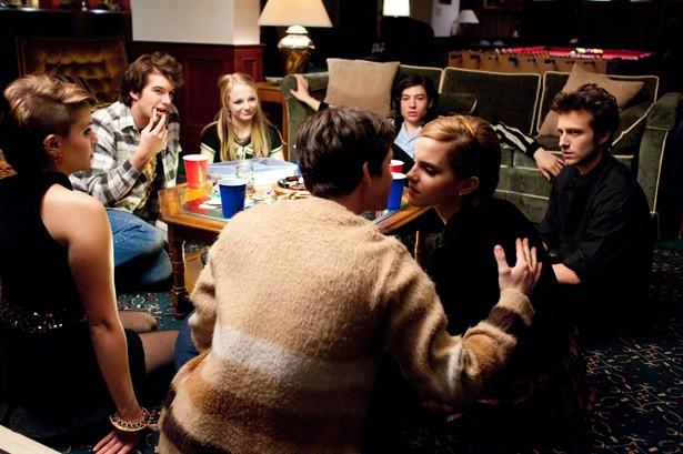 Emma Watson,Ezra Miller,Logan Lerman,Mae Whitman