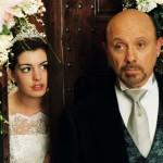 Anne Hathaway,Hector Elizondo