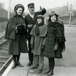 Dinah Sheridan,Gary Warren,Jenny Agutter