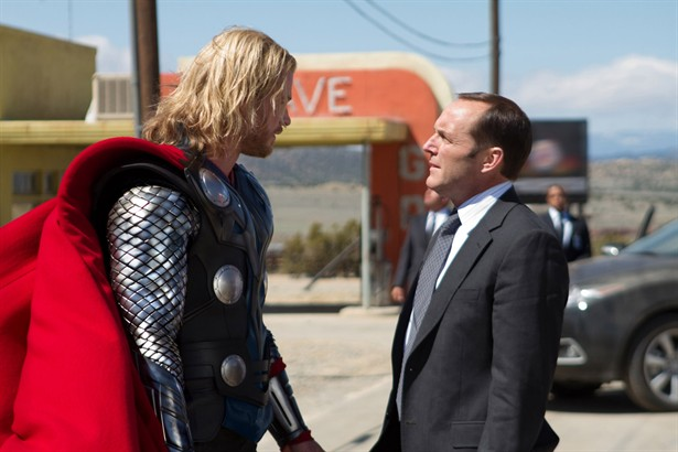 Chris Hemsworth,Clark Gregg