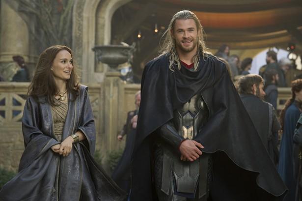 Chris Hemsworth,Natalie Portman