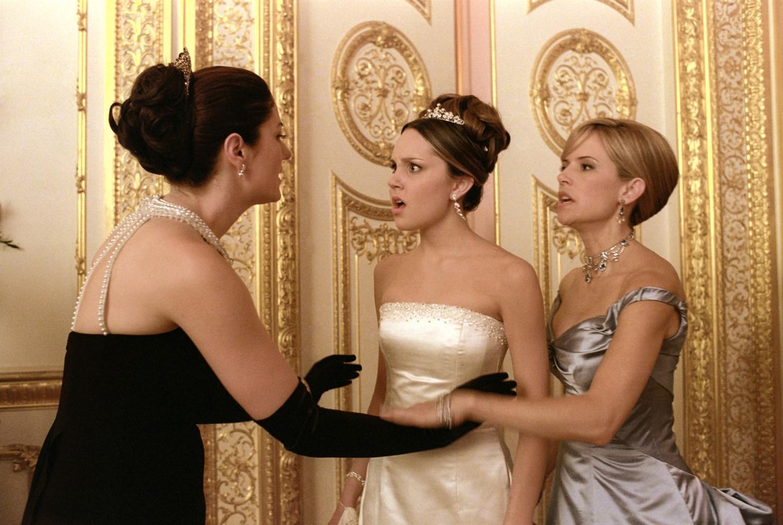 Amanda Bynes,Anna Chancellor,Kelly Preston