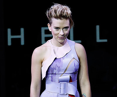 Scarlett Johansson Electrifies Fans In Tokyo At Ghost In The Shell Global Trailer And Poster Launch Event The Fan Carpet